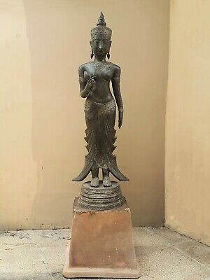 ANTIQUE BRONZE STATUE OF A FEMALE DEVATA, AYUTTHAYA. KHMER INFLUENCE. 19/20th C. 2