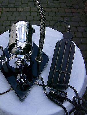 STRUMPFSTOPF MASCHINE  Nylonstrümpf  Repassiermaschine  ART DECO - CHROM/BLACK