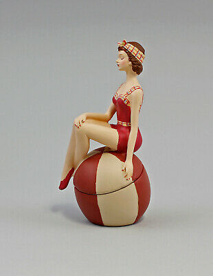 9973173 Figura Escultura Resina Lata Mujer Pin Up en Traje de Baño Bola 5x15cm 3