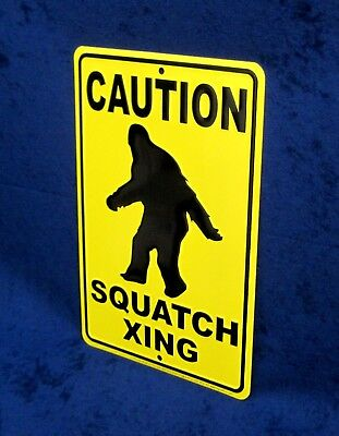 "Sasquatch Crossing Bigfoot Sign Vintage Garage Bar Wall LARGE 18/"" X 12/"""