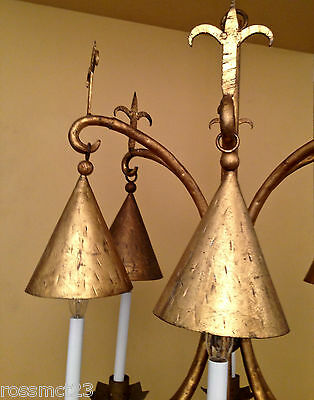 Vintage Lighting very large 1960s gold chandelier. Astounding 3