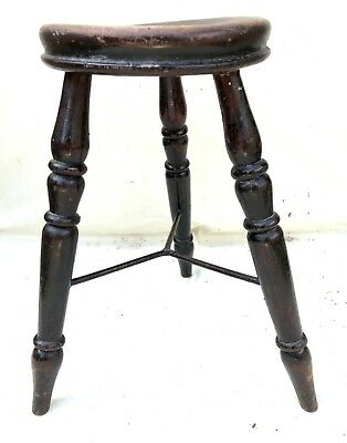 Antique Victorian Ash and Elm Farmhouse Kitchen Stool / Milking Stool : 3 Legs 5