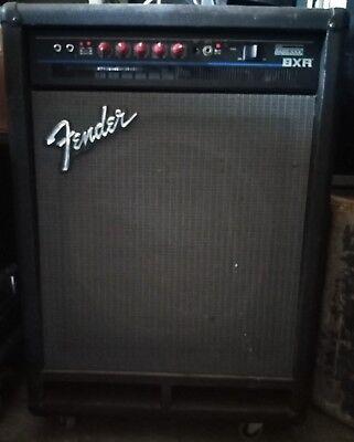 Fender BXR Bass 300c Amplificatore per BASSO Elettrico 2