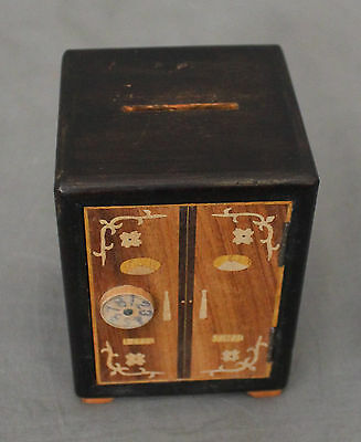 Early 20th Century Chinese Novelty Money Box 4