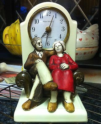 Old Vintage Ceramic Clock, Keeps Correct Time, Collection From Rochdale 3