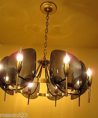 Vintage Lighting dramatic Mid Century chandelier 3