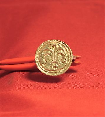 Fine Medieval Crusader Knigth's Seal Ring,  Lily Stamp, 11. Century, 3