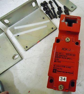 Telemecanique Xck-J Iec337-1 Nfc 63-140 Limit Switch Listed 170M, A30 Safety Int 2