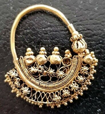 Large Ancient Roman-Byzantine Gold Earring 3
