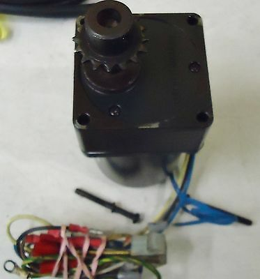 Oriental Motor  31K15Rgn-A Speed Control Motor. Oriental Gear Head M/n 3Gn7.5K