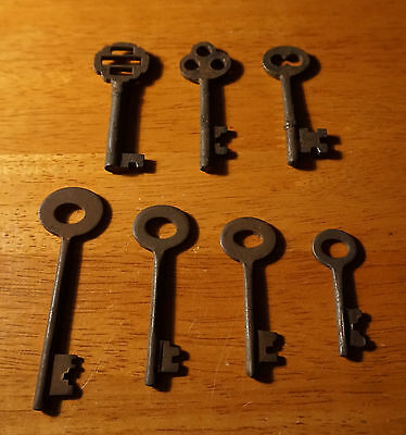 Set of 7 Rustic Cast Iron 19th Century Style Cabinet Skeleton Keys Rusted Finish 3