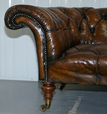 Howard & Son's Restored Brown Leather Chesterfield Chesterbed Walnut Framed 4