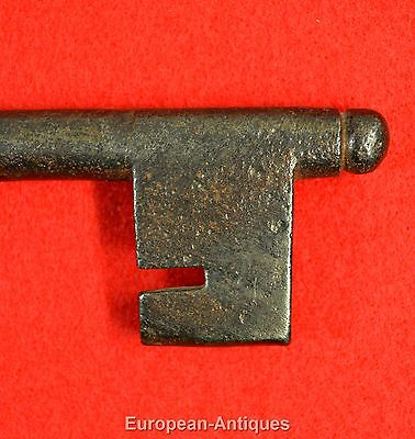 "Antique KEY 17th-19thC English or French 5.5"" Castle Door Church Jail House Lock 4"