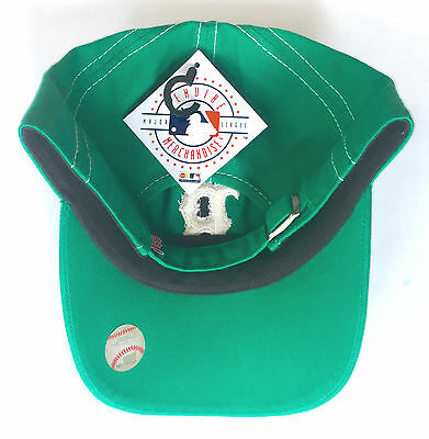 b74429f966ab1 ... Boston Red Sox Officially Licensed St Patricks Day Kelly Green Shamrock  Hat Cap 2