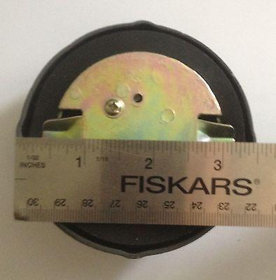 IHI 072991059 Locking Fuel Cap