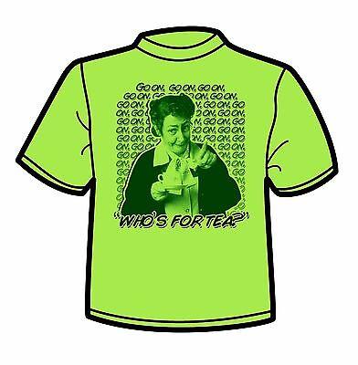 FATHER TED / Mrs Doyle Green T-Shirt (Go on go on go on / Pauline McLynn)