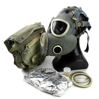 Vintage soviet era gas mask. Polish military Gas Mask MP-4. NEW Full set surplus 5