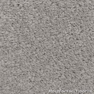 Silver Grey Bedroom Carpet Idea