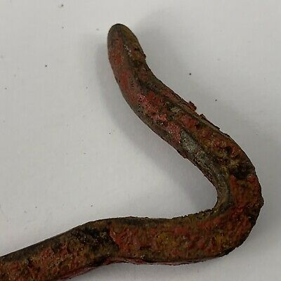 Antique/Vintage 5 Inch Hand Forged Twisted Gate Door Shed Latch Red Paint 2
