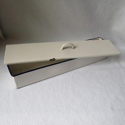 große alte lange Instrumentenschale Emaille mit Deckel 40x9x6cm Besteckschale