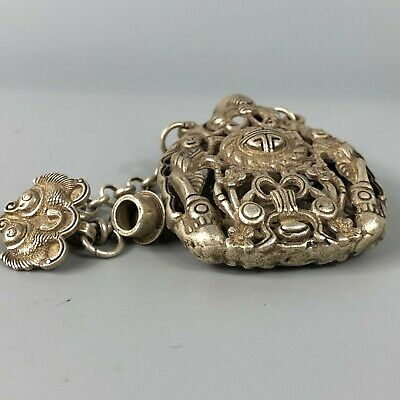 Chinese Collectible Old Tibet Silver Copper Handwork Flowers Spice Box 8