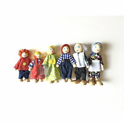 NEW Wooden Doll House Family of 6 - Posable Dolls Free Postage