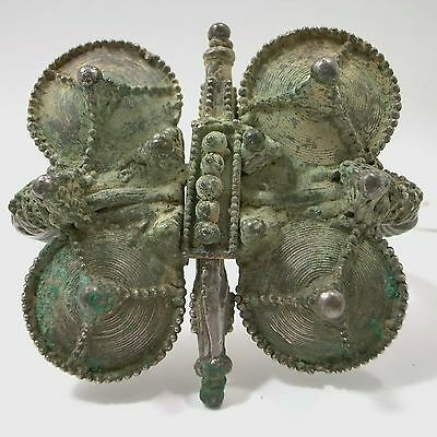 Saljuk Turkish or Middleeastern large silver bracelet 12th century 5