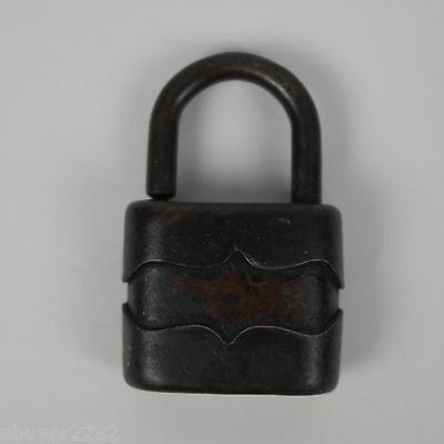 Small Antique Metal Padlock - NO key - Barn Farm Primitive Hardware 2