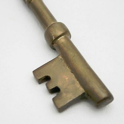 8 Of 10 Lot Of 4 Brass Jail Cell Door Lock Skeleton Keys Jailer Vtg Old  Style