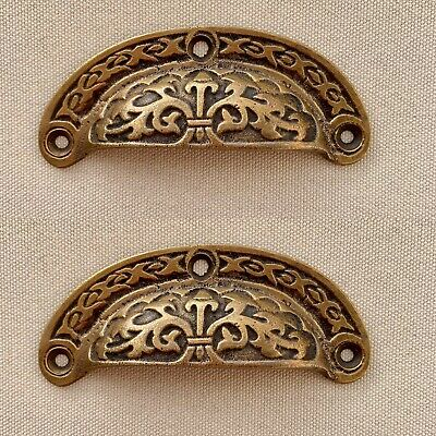 4 engraved shell shape pulls handles heavy solid brass old style drawer 9 cm B 8