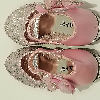 GIRLS PARTY SHOES - size 29 Pink with lots and lots of Crystals - Velcro Fasten 2