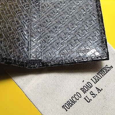 One Men/'s TRIFOLD WALLET Solid Italian Black Leather Croco Print Made in USA