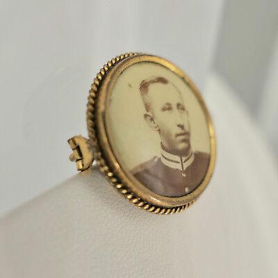 Antike Foto- Brosche aus Gold- Double, original Foto um 1900, Durchmesser 26 mm 2