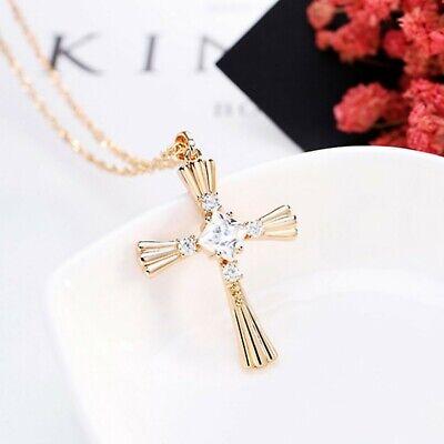 Adramata Collier Croix Femme Homme Crucifix Collier Croix Religieux Or Argent Acier Inoxydable Pendentif