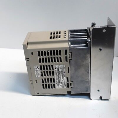 Yaskawa VS-606V7 220V 0.55KW Inverter 2