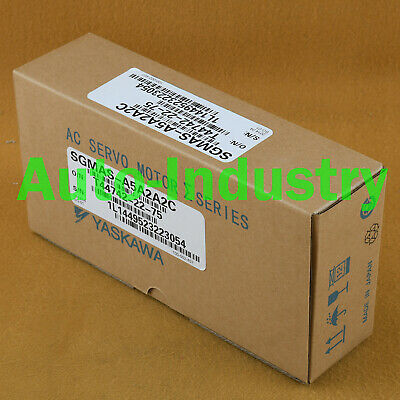 1PC Yaskawa Servo Motors SGMAS-A5A2A2C New Brand One year warranty SGMASA5A2A2C 2
