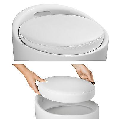 Taburete de baño asiento redondo moderno silla cesta de ropa con espacio blanco