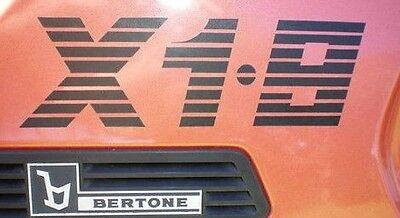 BLACK NEW FIAT BERTONE X19 X1//9 1500 REPRODUCTION BERTONE PILLAR DECAL LOGOS