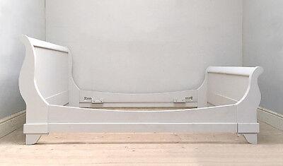 STYLISH ORIGINAL VINTAGE FRENCH 150cm WIDE SLEIGH BED - LIT BATEAU 4