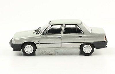 Diecast 1:43 Autos Inolvidables Argentina w//mag 1976 Chevrolet Chevy Serie 2