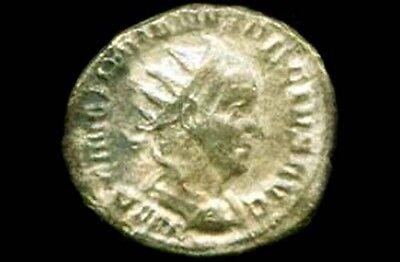 AD249 Silver Denarius (Coin) Roman Emperor Trajan Decius & Victory Goddess Nike 3
