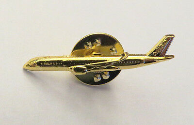Pin Airbus A350 Sideview 30mm Pin Gold for Pilots Crew 350