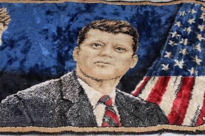 Kennedy Brüder - alter Wandteppich - wohl 1960er/1970er Jahre - 95 x 49 cm /S258