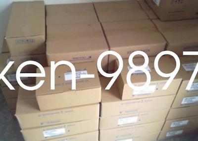 1PC NEW IN BOX YASKAWA SGMJV-A5AAA21 servo motor #HC 2