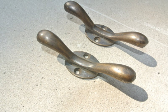"""2 small CLEATS tie down solid 3"""" 100% brass boats cars tieing rope hooks cast B 2"""
