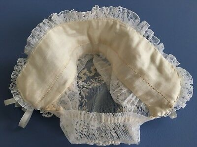 9a0b8654d47 ... Bonnet Bébé   Enfant   Poupée Coiffe Dentelle Rubans Soie Collection  Ref  CF 27