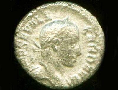 Silver Roman Denari (Coin) Emperor Severus Alexander Goddess Victory Nike AD231 2