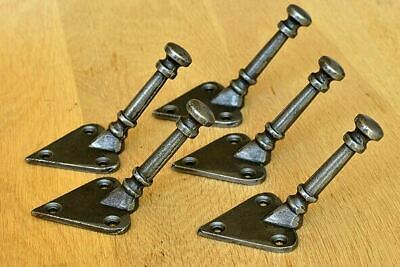A set of five of Arts & Crafts coathook coat hook towel hook cast iron hanger 3