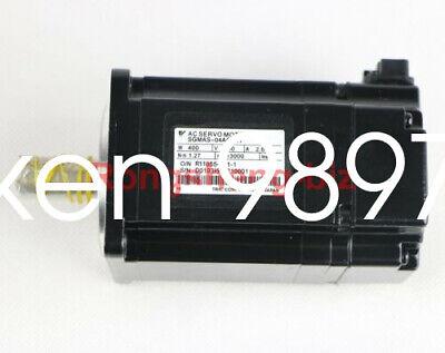 1PC NEW Yaskawa servo motor SGMAS-04ACA21 #HC 4