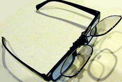 a77d904d30 DEVARDI GLASS~AERO-PRO OPTICS Clip-on Flip-up Magnifier Glasses 3 X ...
